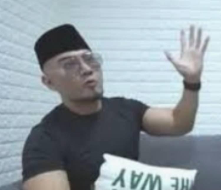 Deddy Corbuzier Bahagia Memilih Islam