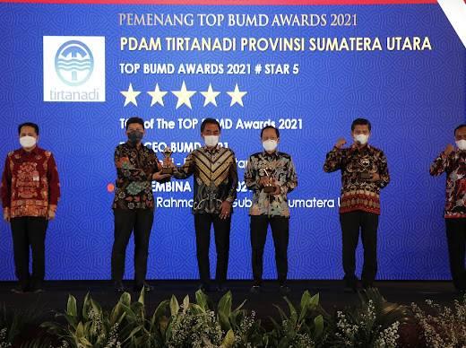 PDAM Tirtanadi Raih TOP BUMD Awards 2021 Kategori Bintang 5